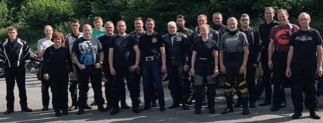 ITW Fastener Products mit den Motorrädern zu Gast in Eppingen